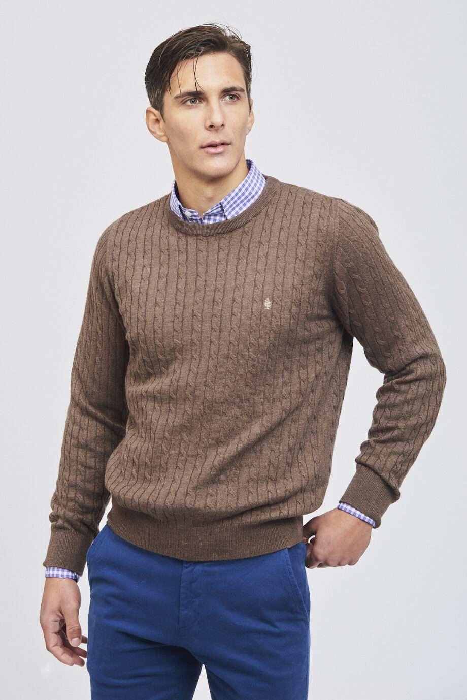 Sweater trenza y canelón de lana liviana