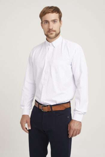 Camisa regular fit mangas largas fantasía de algodón y poliester