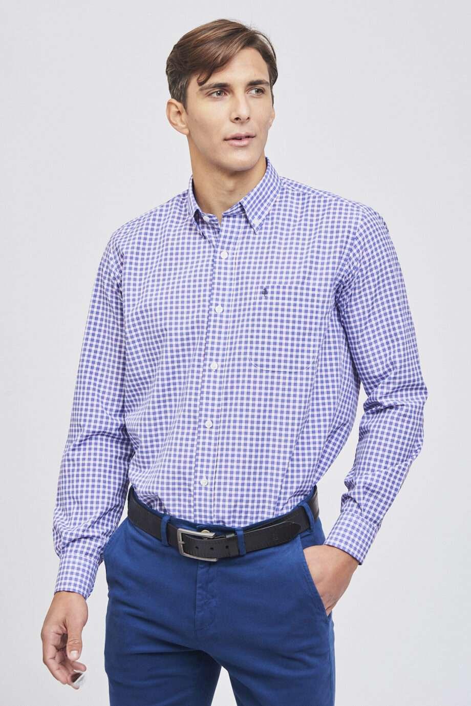 Camisa mangas largas regular fit a cuadros de algodón y poliester